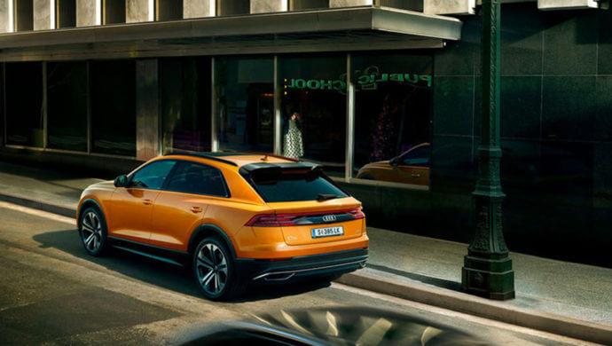 Audi Q8 hinten